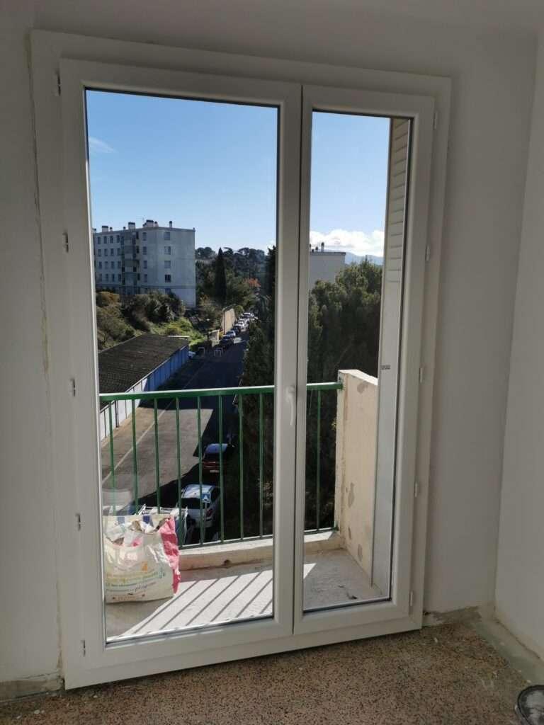 Marseille 13e: fenêtres en PVC blanc