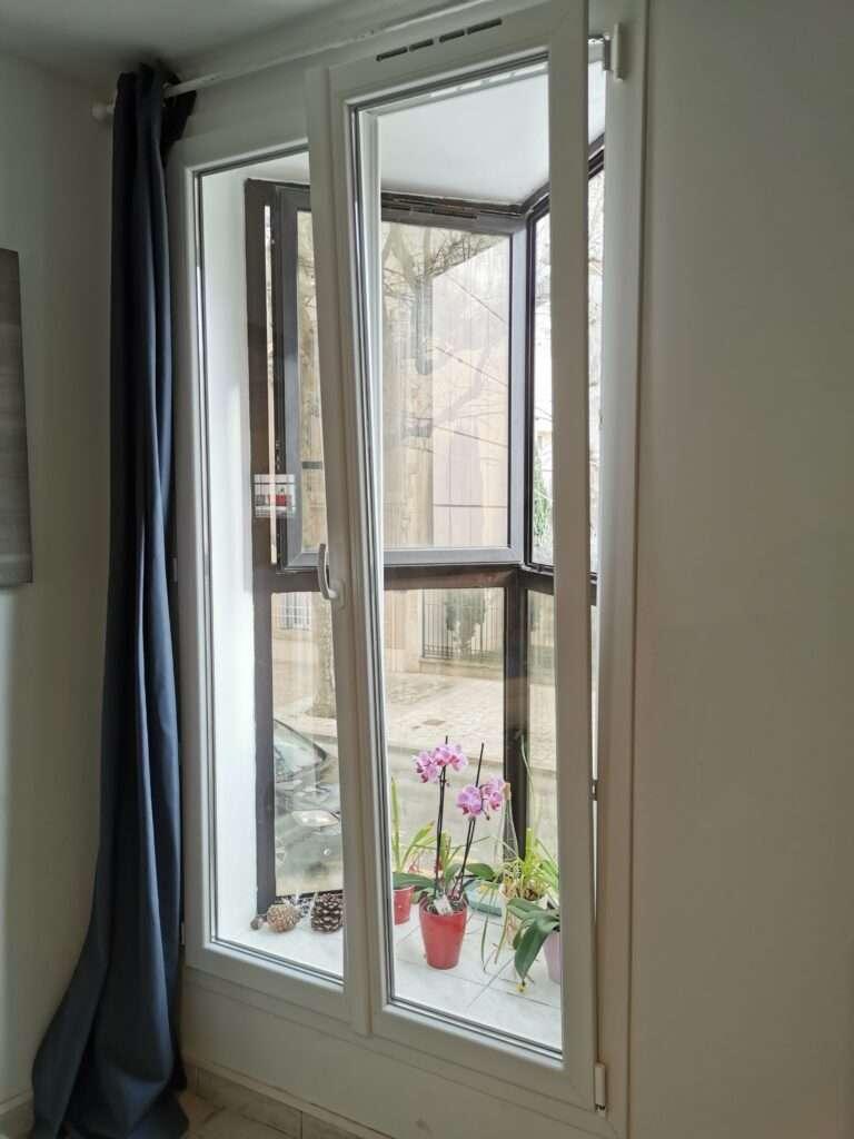 Martigues: fenêtres en PVC blanc