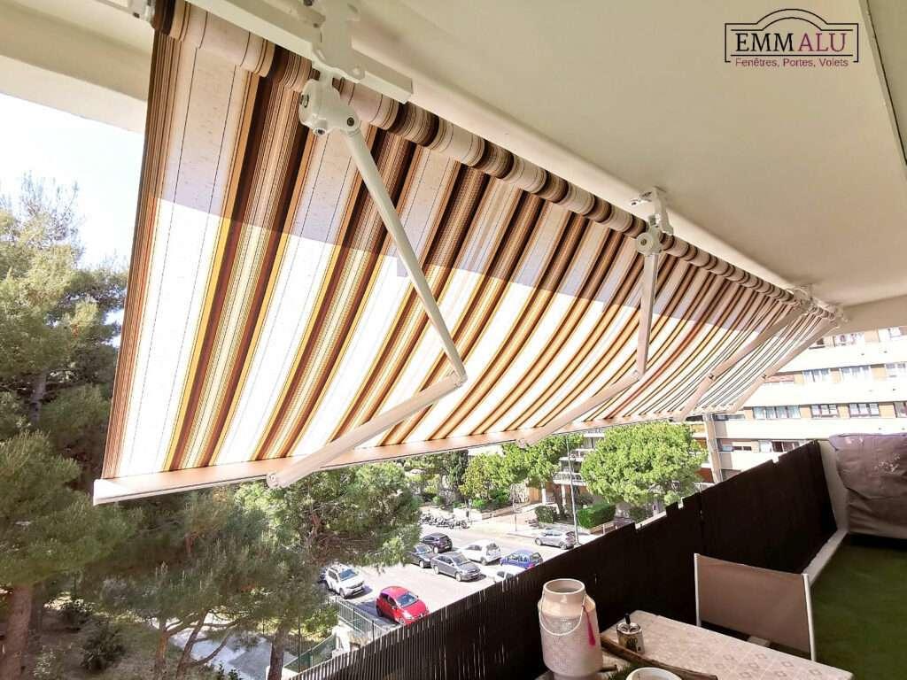 Marseille 6e: store banne de balcon
